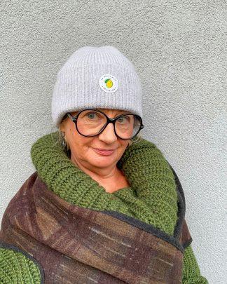 woman wearing grey pure wool beanie