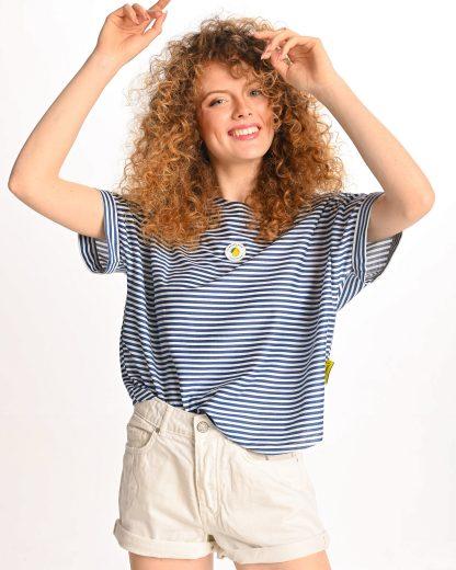woman wearing blue striped tshirt