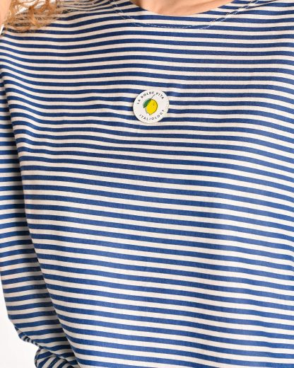 detail of blue striped tshirt