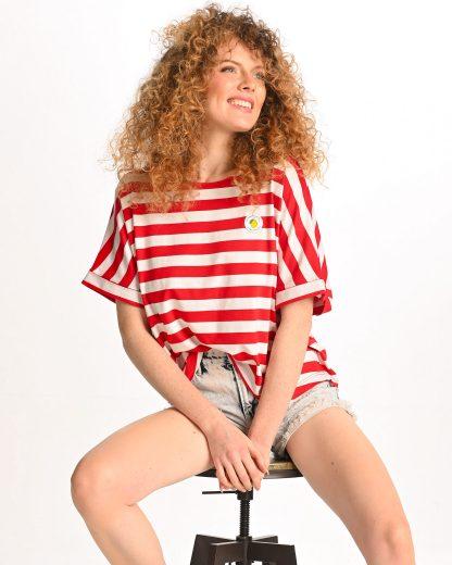 woman wearing red striped tshirt